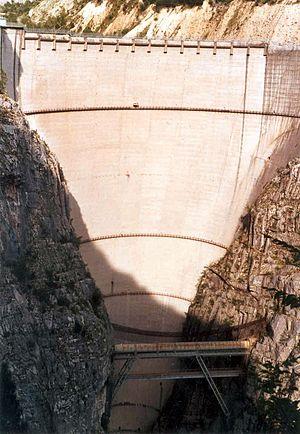 Vajont baraji Dünyanın En Büyük Barajları Hangileridir?